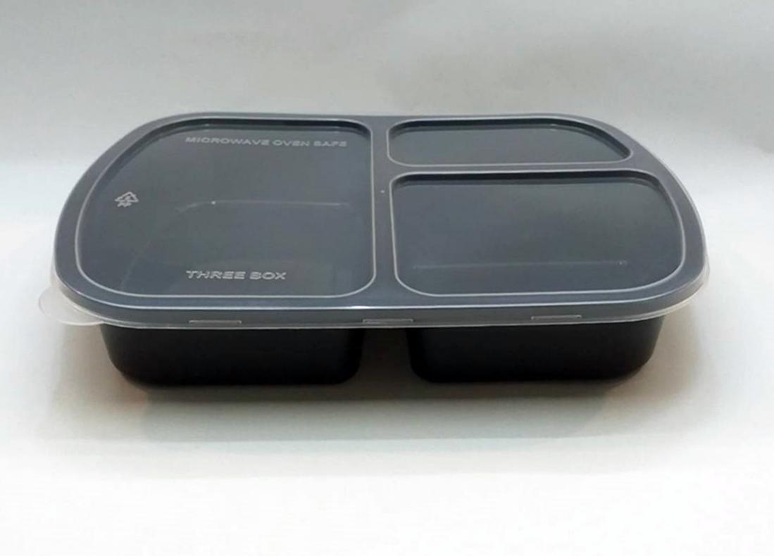 กล่องอาหารพลาสติกทรงสี่เหลี่ยม 3 ช่อง สีดำ